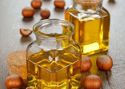 Hazelnuts and oil